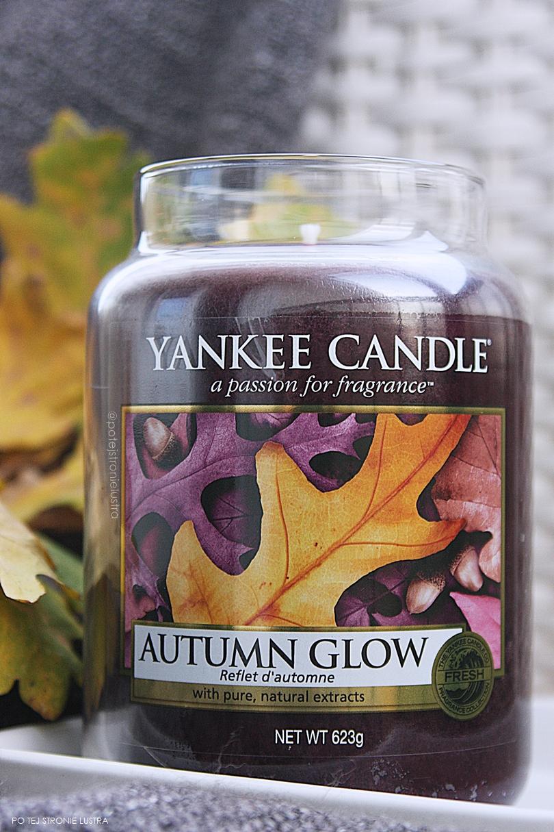 duża świeca yankee candle autumn glow