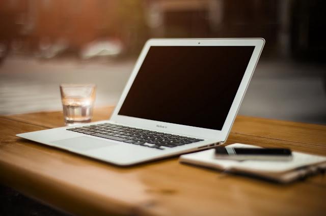 Perbedaan PC dan Laptop