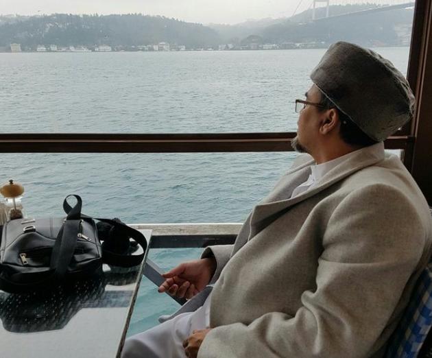 AGEN BOLA - Negara  Yang Dikunjungi Habib Rizieq Dalam Pelarian