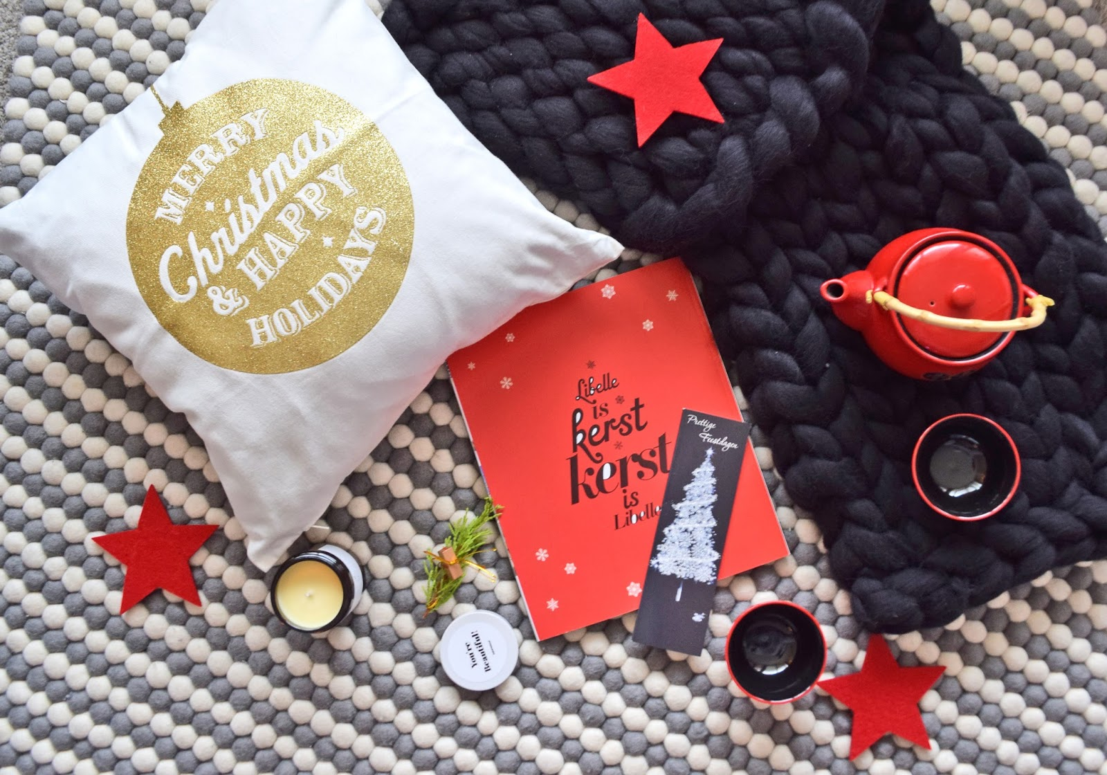 świąteczna poduszka z H&M