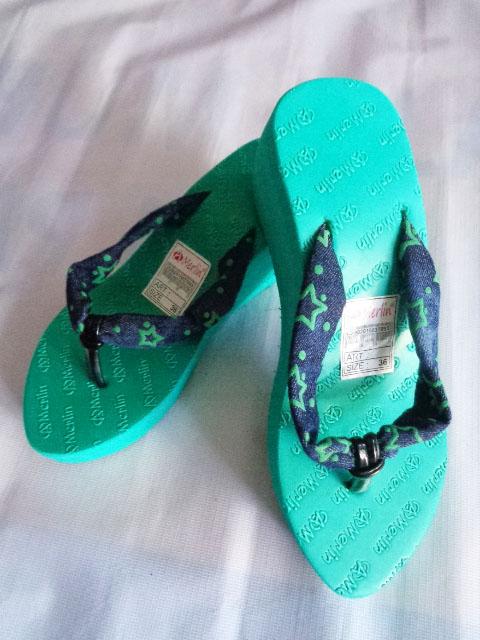Sandal Merlin ASLI Spon Tebal-kain hijau