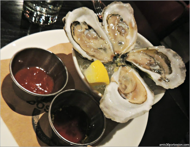 Dine Out Menú Boston Chops: Four Local Oysters