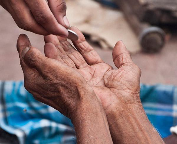 தேனியை பிச்சைக்காரர்கள் இல்லா மாவட்டமாக மாற்றிய பொதுமக்கள்