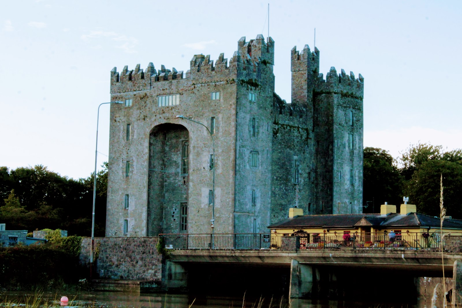 Bunratty Castle, Ireland. www.goodfoodshared.blogspot.com