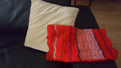Scrappy crochet blanket - destashing projects