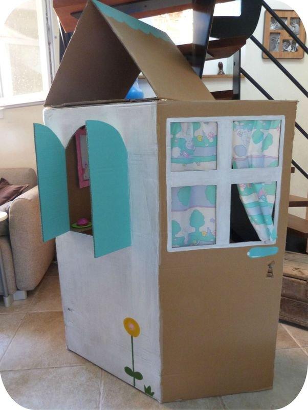 cabanes pour enfants et traduction en langage en. Black Bedroom Furniture Sets. Home Design Ideas