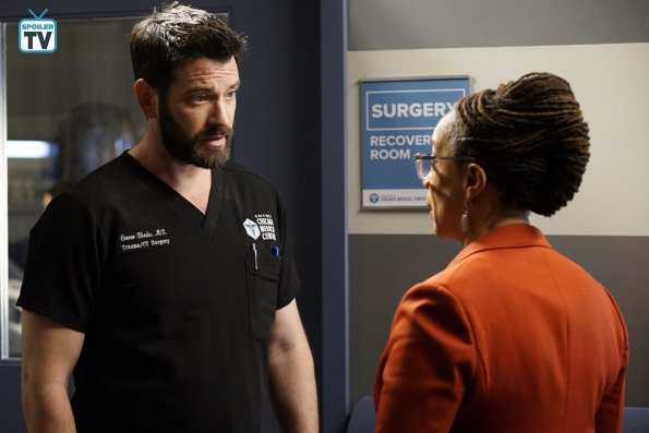 """NUP 184628 0233 595 Spoiler%2BTV%2BTransparent - Chicago Med (S04E08) """"Played By My Rules"""" Episode Preview"""