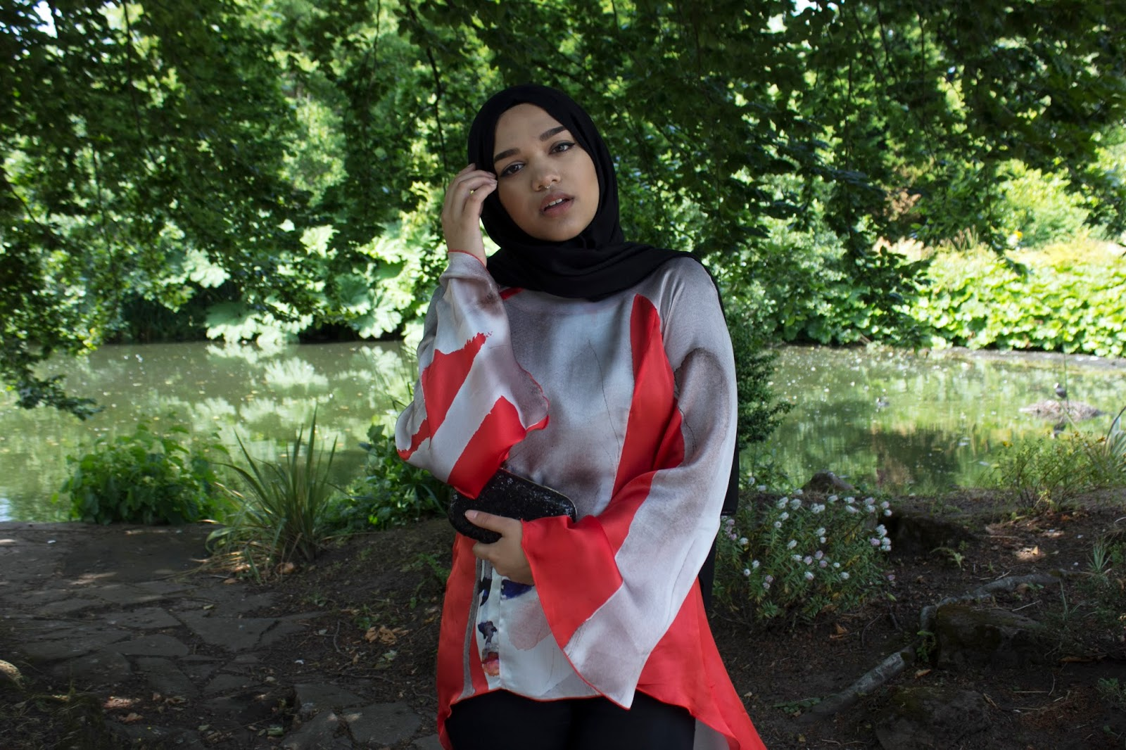 939e42675b8a Scarf - Al-Madina Hijabs | Silk Top - Roddiva Couture | Bag - IDH | Jeans -  Topshop | Heels - New Look