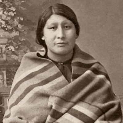 osage women The osage indians lived along the osage and missouri rivers in what is now western missouri when french explorers women kept their hair long and wore.