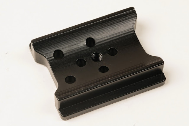 Hejnar Photo M324RC2 adapter plate - bottom