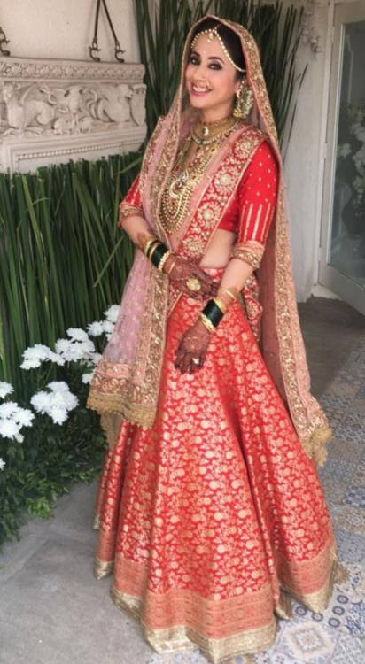 latest news pictures of urmila matondkar wedding with