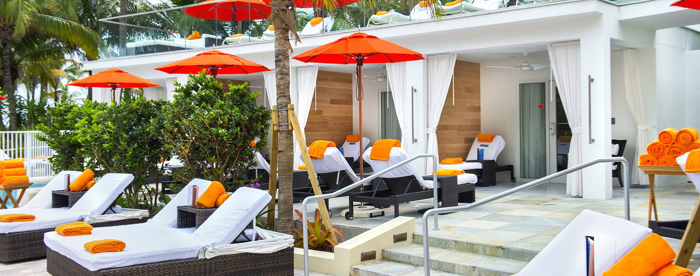 loews miami soak cabanas