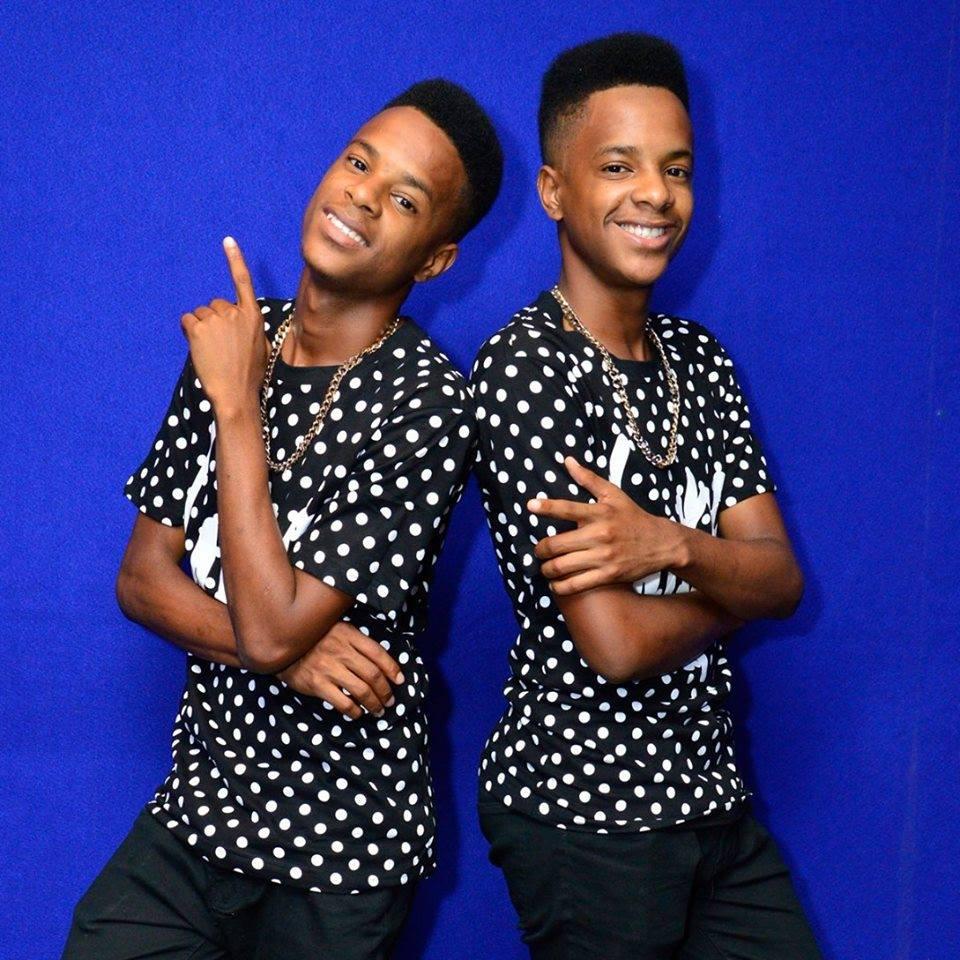 download  mp3 The Twins  O Povo ft W King kuduro download mp3