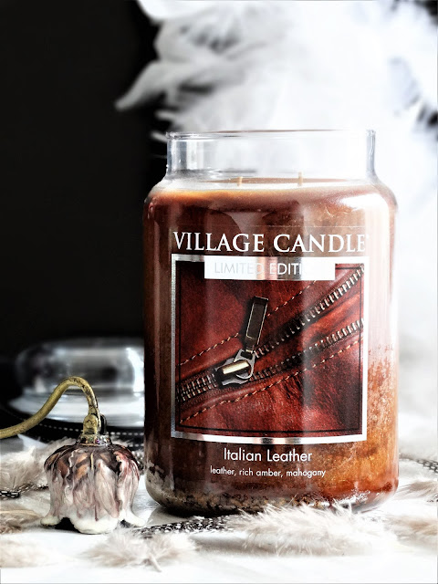 avis Italian Leather de Village Candle, italian leather village candle, avis bougie italian leather, italian leather village candle review, blog bougie, avis bougie village candle, bougie parfumee village candle, village candle review, bougie cuir italien, bougie cuir