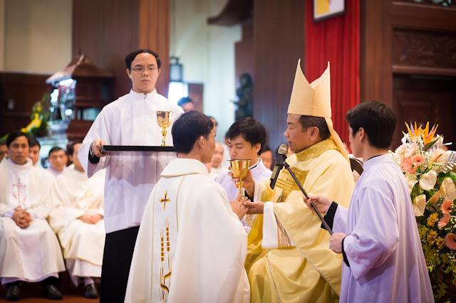 Lễ truyền chức Phó tế và Linh mục tại Giáo phận Lạng Sơn Cao Bằng 27.12.2017 - Ảnh minh hoạ 197