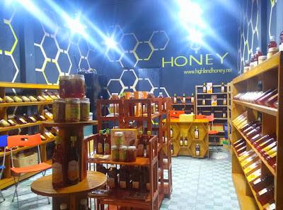 cửa hàng mật ong 15 Nơ Trang Long