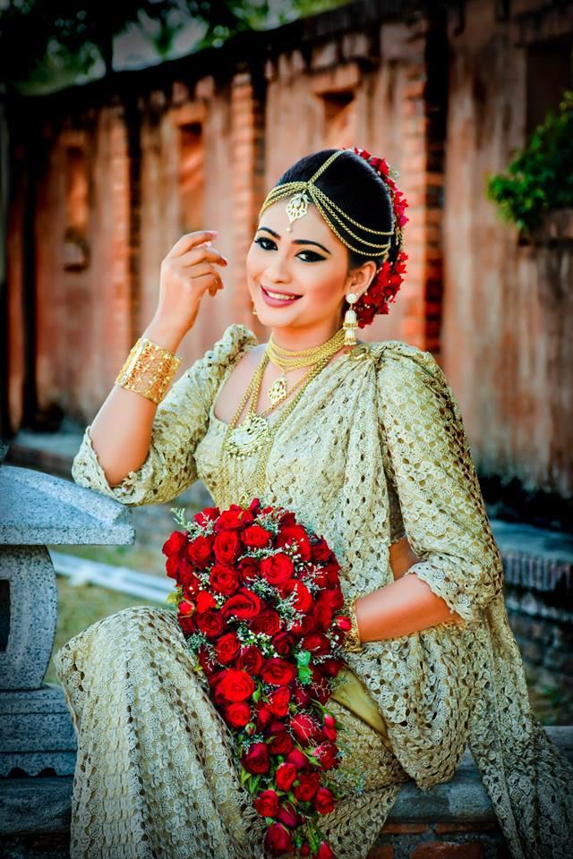 piumi hansamali mrs sri lanka Kandyan Photo Shoot
