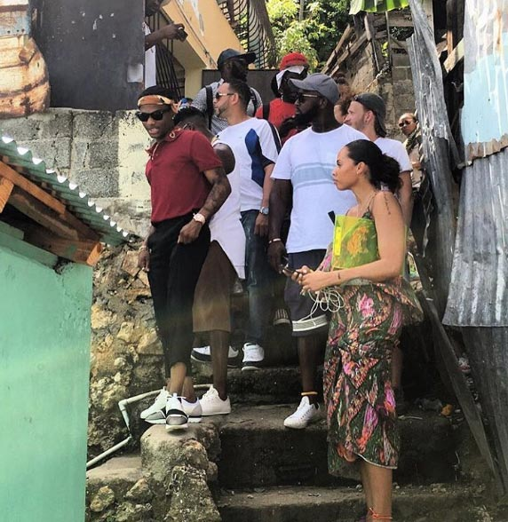 Photos of Wizkid at a ghetto in Dominican Republic
