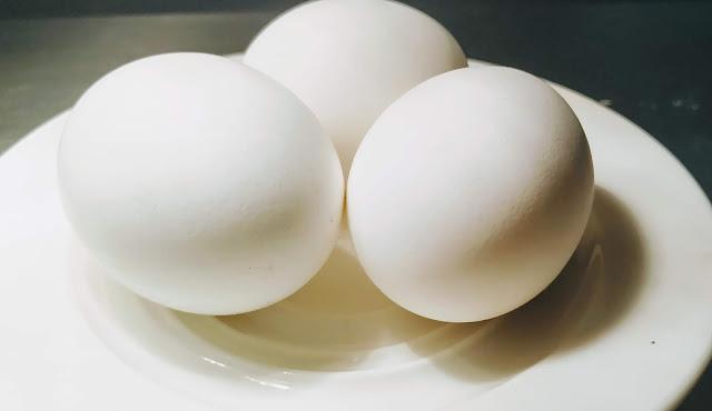3 eggs for Scotch Egg food recipe