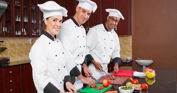Restaurante abre vagas para diversos cargos no Rio de Janeiro