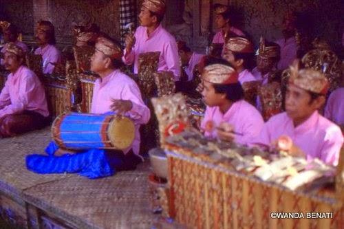 "Orchestra ""gamelan"" a Bali"