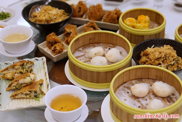 Signature Peking Duck, Dim Sum, Dynasty Restaurant, Renaissance Kuala Lumpur Hotel, szechuan Soup with Shredded Duck, Stir-fried Sliced Duck with Sun-dried Chilli and Scallion, Wok-fried Udon with Duck Meat in Black Pepper Sauce