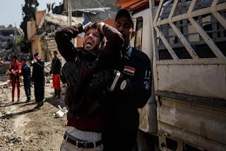 Keji Pasukan Koalisi AS BOM Warga Sipil Mosul dan Tewaskan 200 Jiwa termasuk wanita dan anak anak - Commando