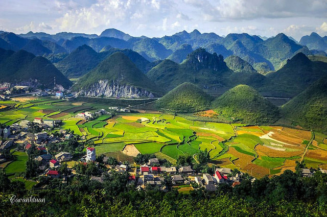Beautiful mountain scenery in Ha Giang