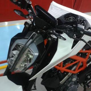 Headlamp Motor Terbaru KTM Duke 390