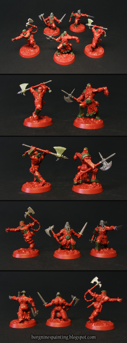 Unpainted, converted miniatures Garrek's Reavers warband for Warhammer Underworlds: Shadespire - made out of red plastic, with visible kitbashed parts in grey and sculpted parts in greenstuff.