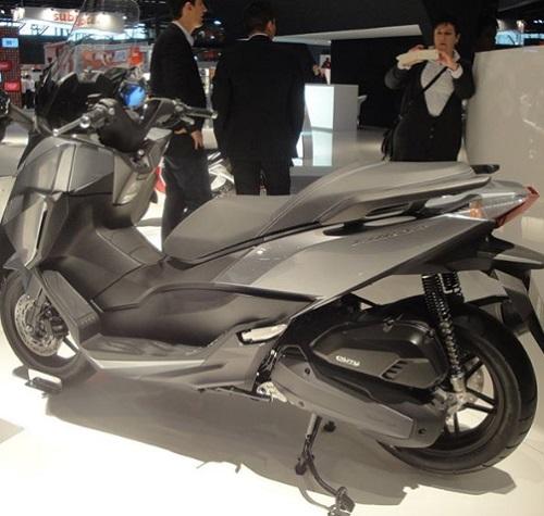 Design Belakang Honda Forza 250