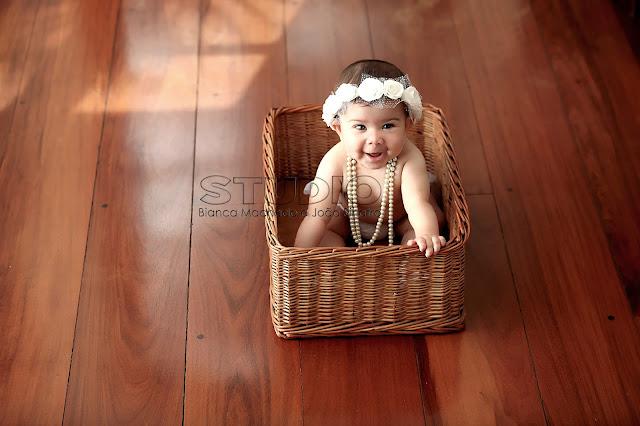 melhores fotos de bebe em estudio