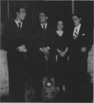 Edmundo Rivero(izquierda) cuando era guitarrista de Celia Louzán(1936)