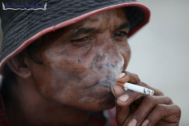 A sub-decree has been approved banning smoking in some areas. Pha Lina