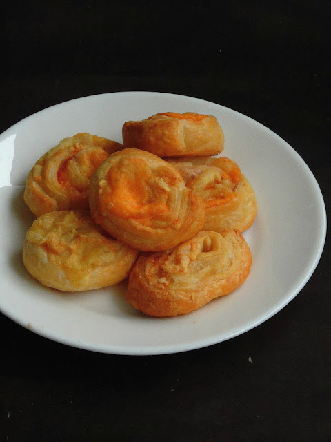 Puff pastry cheesy Swirls