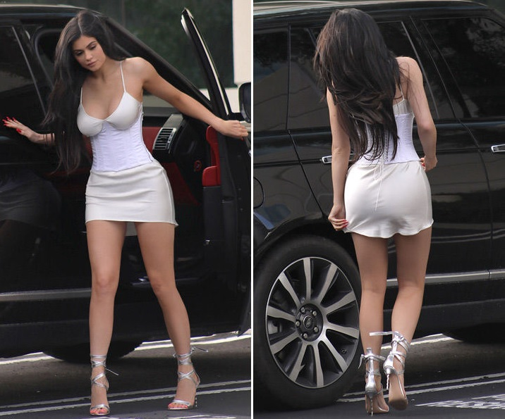 Kylie Jenner Leaving A Business Meeting In A Sexy Smokin Hot Outfit Photo
