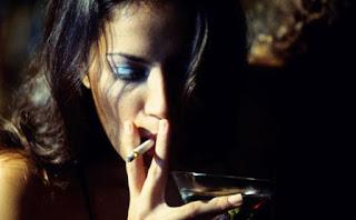 tips-menjaga-kesehatan-mau-cepat-mati-teruskan-merokok-setelah-makan