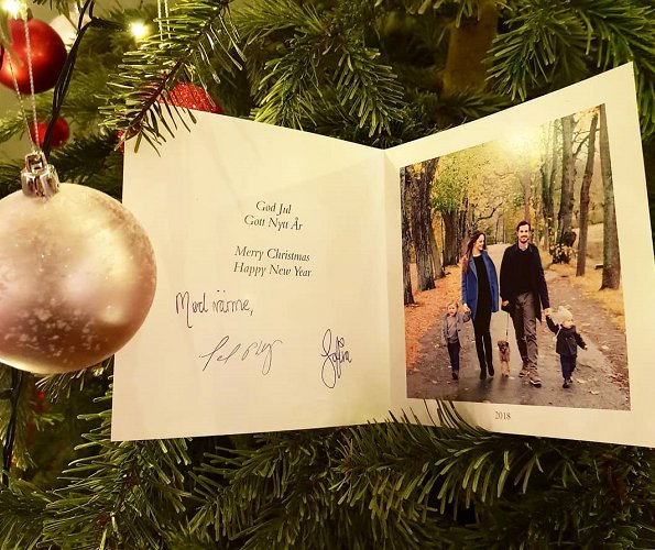 Christmas greeting card of Prince Carl Philip, Princess Sofia and their sons Gabriel and Alexander was published