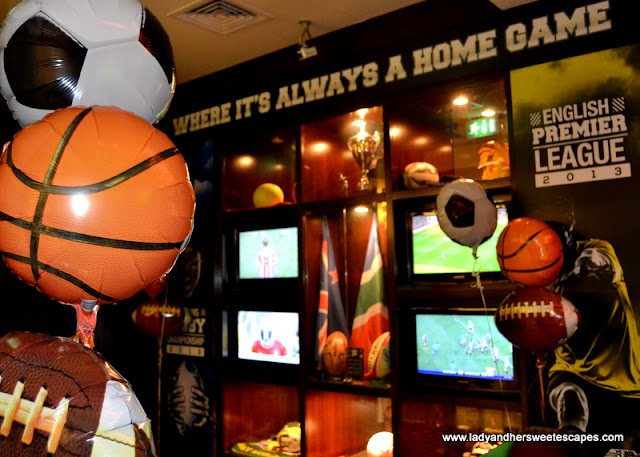 The Huddle Sports Bar And Grill in Citymax Hotel Bur Dubai