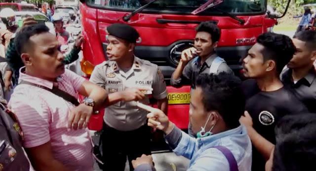 Aksi Solidaritas Kekerasan di Medan, Mahasiswa di Ambon Sandera 3 Truk BBM
