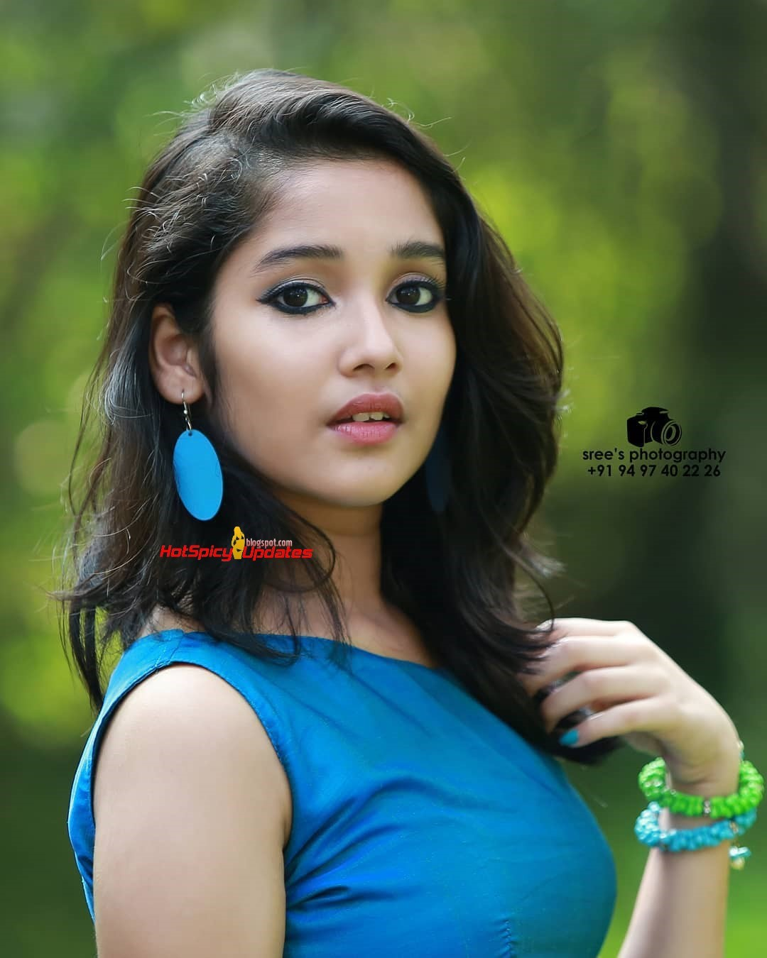 Anikha Surendran Aka Baby Anikha Cute And Stylish Photo