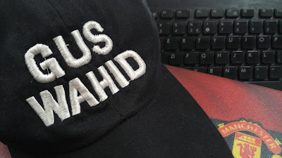 Antara topi,laptop dan MU demi kontribusi Semarang eksis