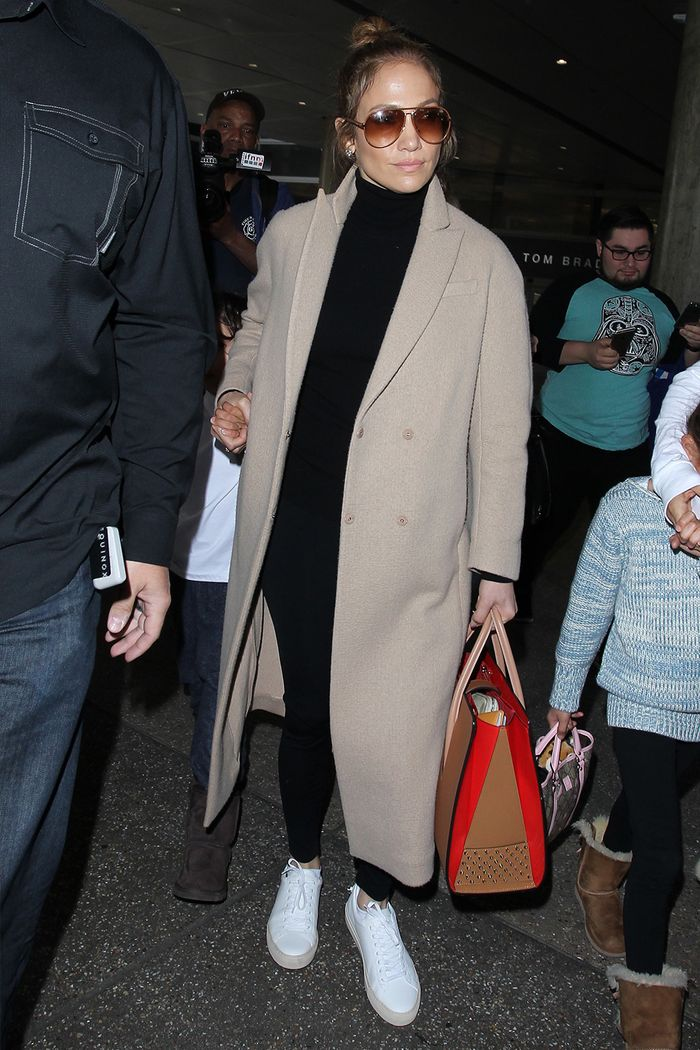 Jennifer Lopez Found the Perfect Travel Outfit