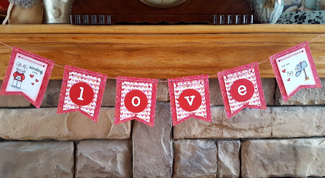 Sunny Studio Stamps: Sending My Love Valentine's Day Banner by Lindsey Sams.