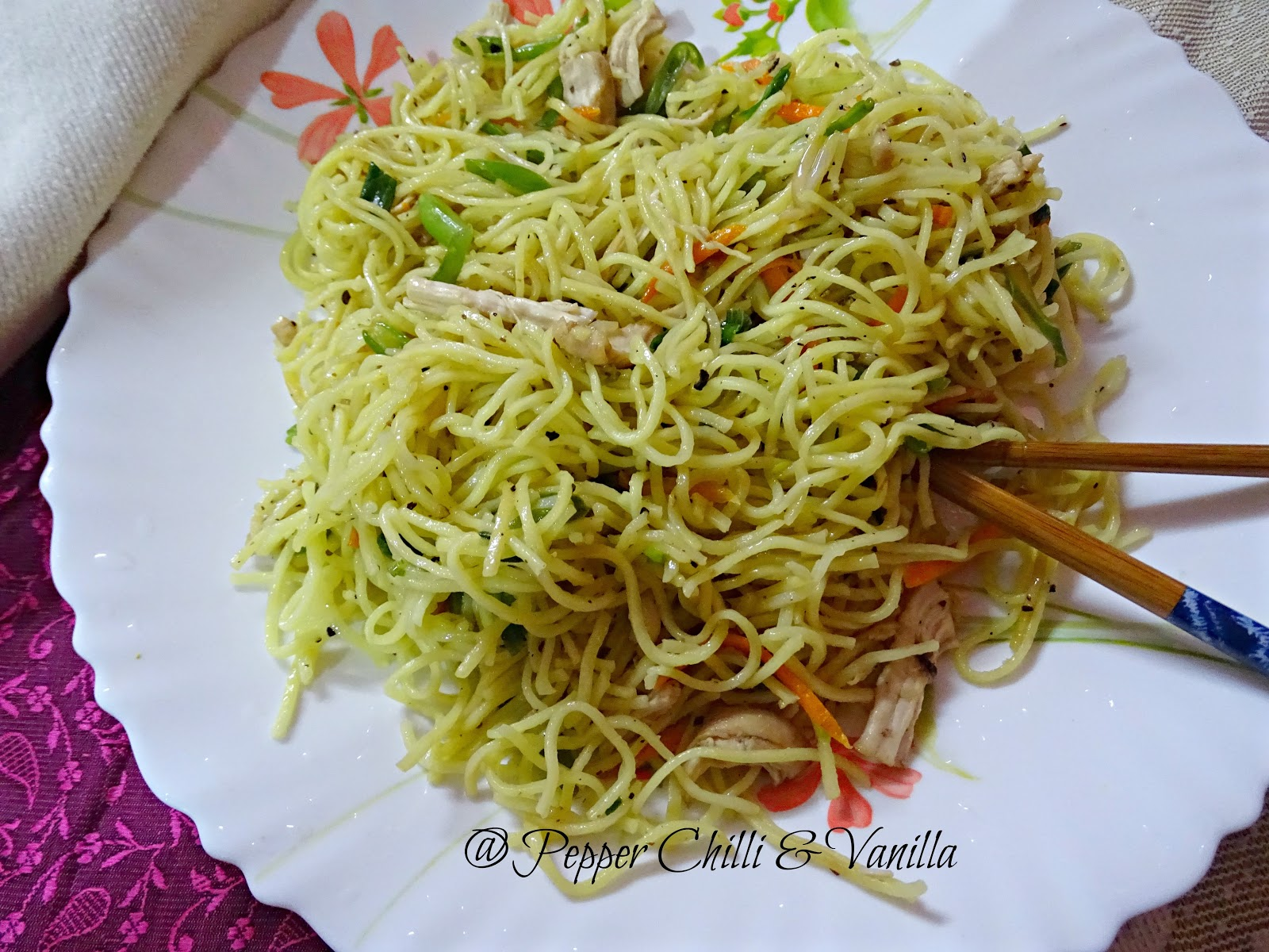 easy  restaurant style  chicken  noodles