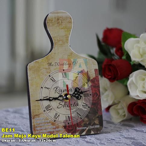 Jam Meja Kayu Model Talenan