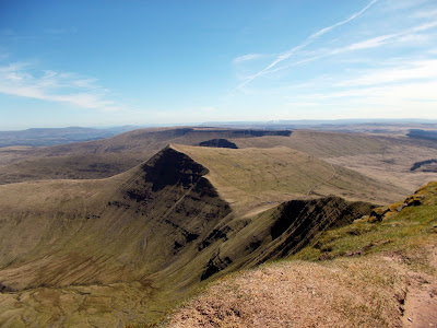 east along the brecon beacons ridge