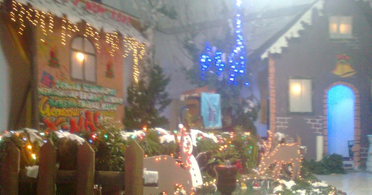 Inspirasi 37 Dekorasi Natal Di Aula Terbaik Simpel Dan Elegan