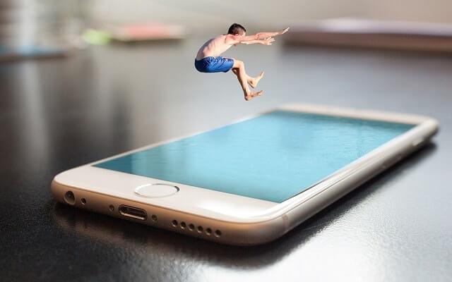 Telefon tablet çocuk eğlence
