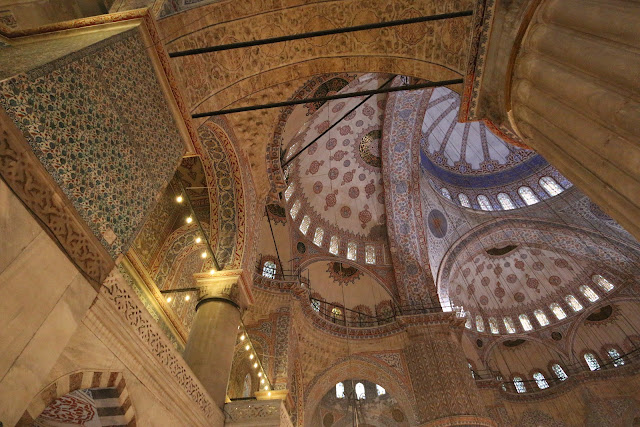 Feeling fascinated and amazed with beautiful interior design as I walked into Blue Mosque at Sultanahmet Square in Istanbul, Turkey